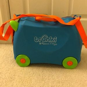 Trunki by Melissa & Doug children's suitcase